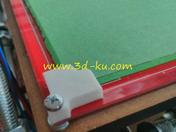 加热的床玻璃角夹-3D打印模型的预览图1
