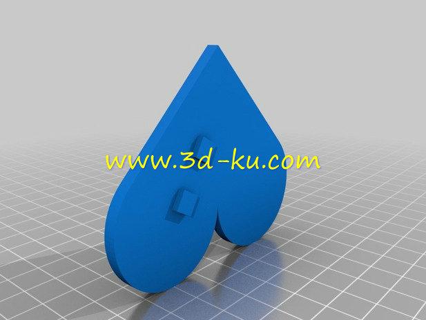 在扎起的头发上,别上-3D打印模型的预览图2