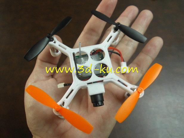迷你版的无人机-3D打印模型的预览图1