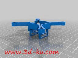 3D打印模型迷你版的无人机的图片